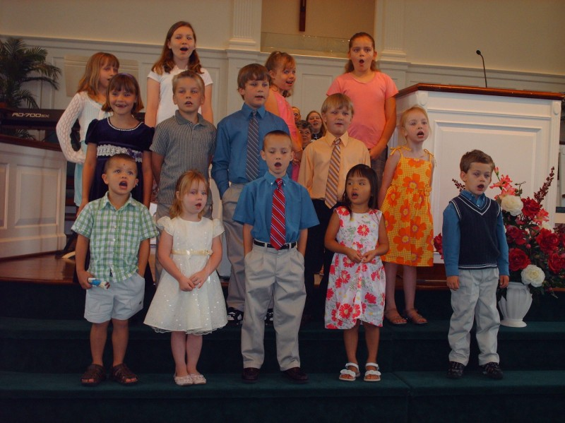 AWANA kids sing on Mother's Day